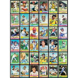 1976 Topps Baseball Near Complete Signed Set Signed