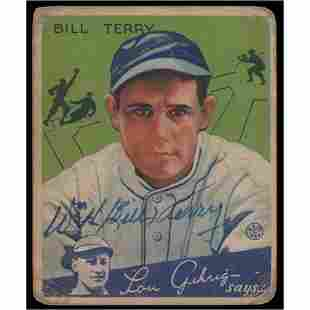 Bill Terry Signed 1934 Goudey #21 Baseball Card