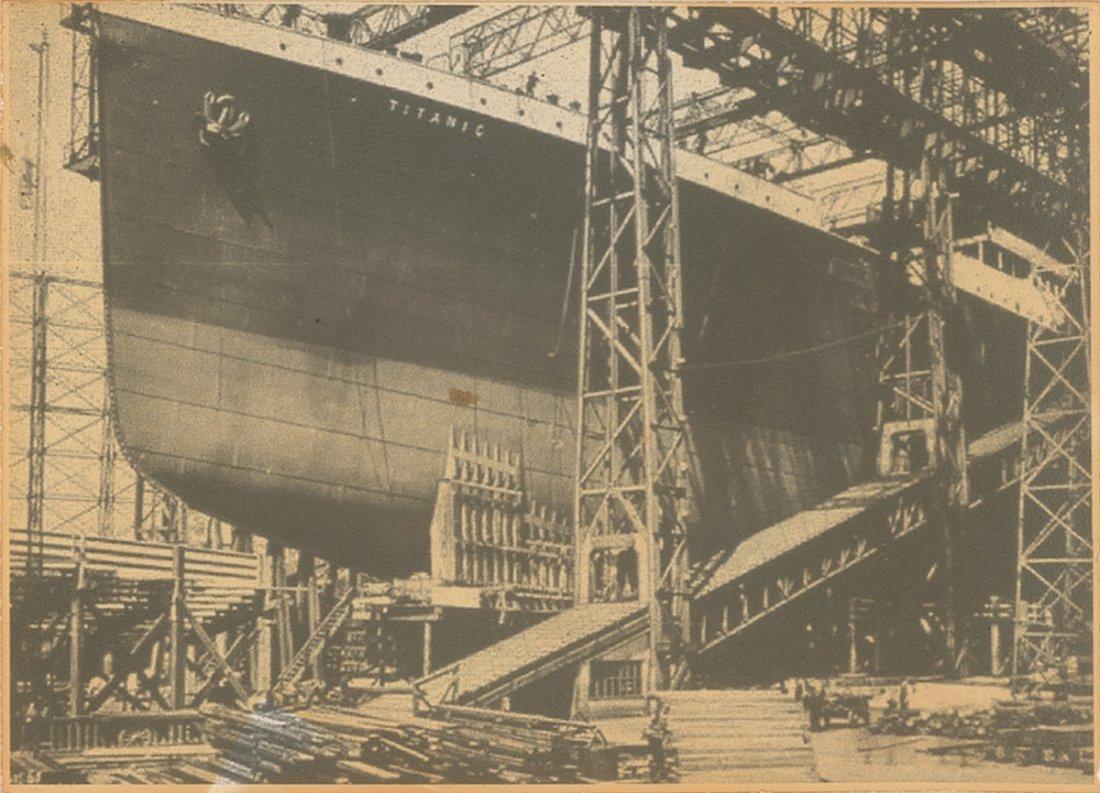 17: Titanic Construction in Shipyard