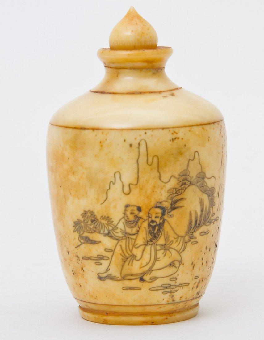 4: Bone snuff bottle, 18th/19th Century