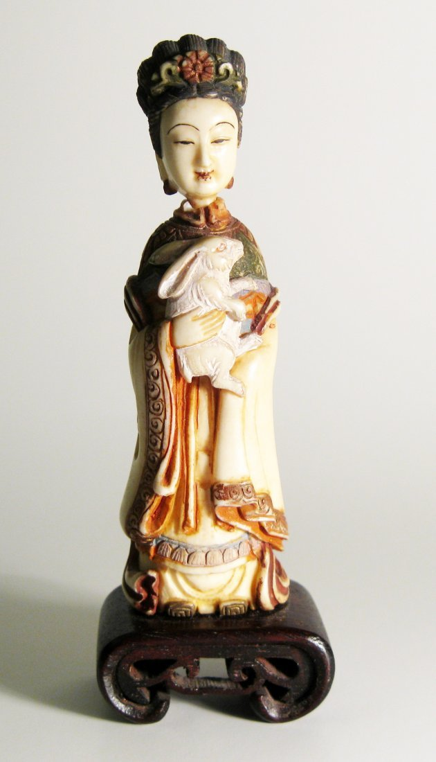 4A: Rare Polychrome Ivory Snuff Bottle, Qing Dynasty