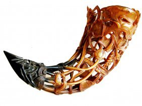 Exquisitely Carved Horn, 18th/19th Century