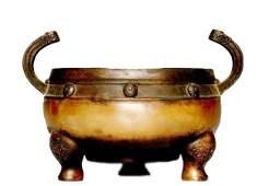 A Heavy Bronze Tripod Censer, 18th/19th Century