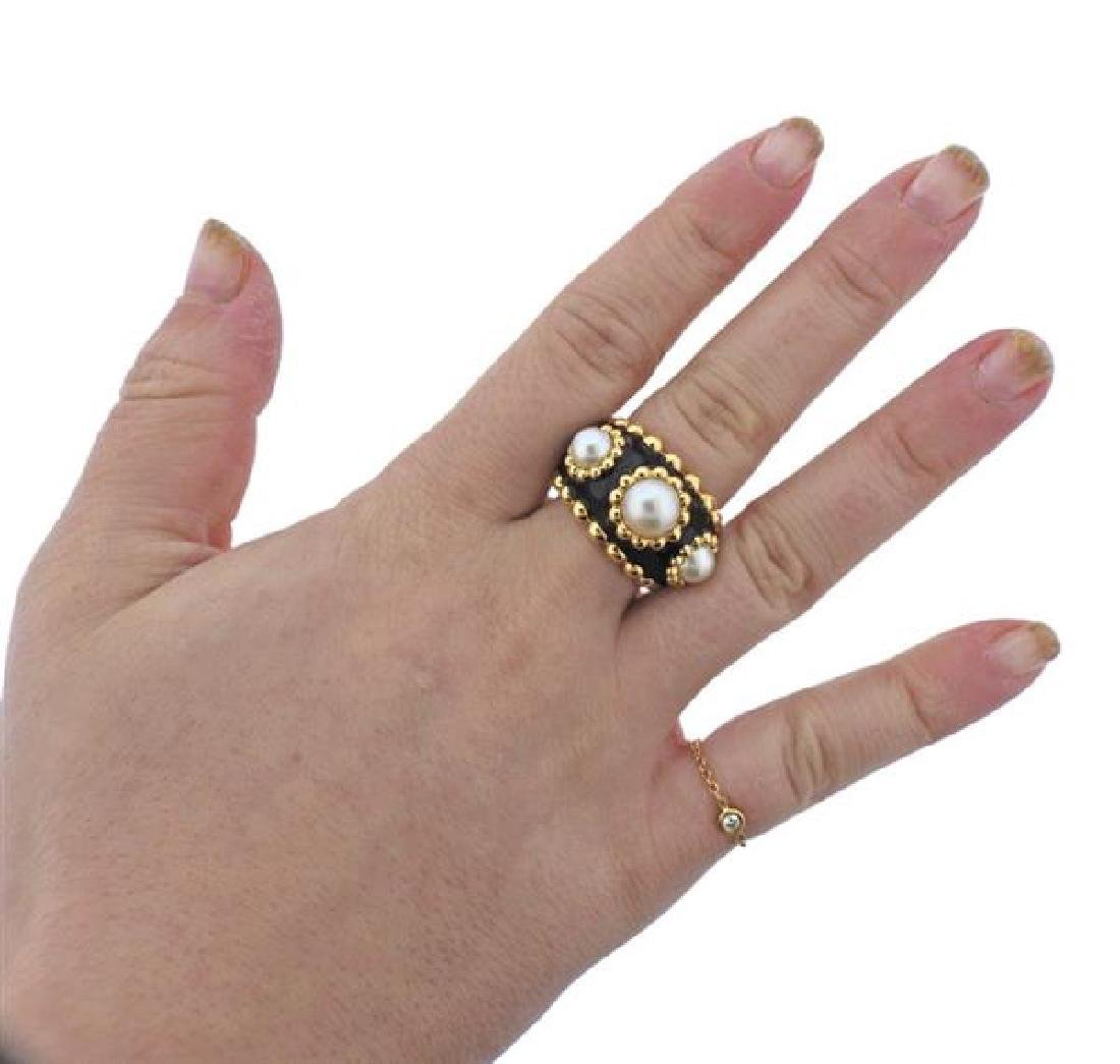Chanel 18k Gold Pearl Black Enamel Ring - 5