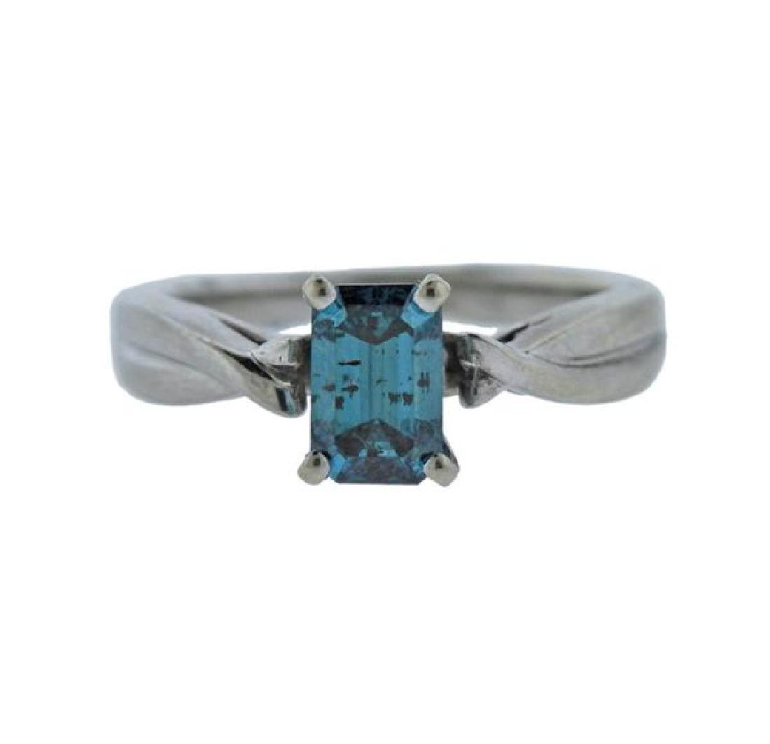 18K Gold Blue Diamond Ring