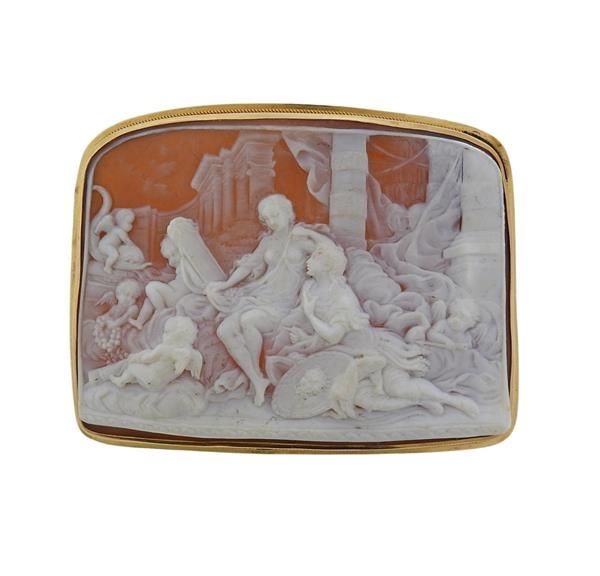 Large 14K Gold Shell Cameo Brooch