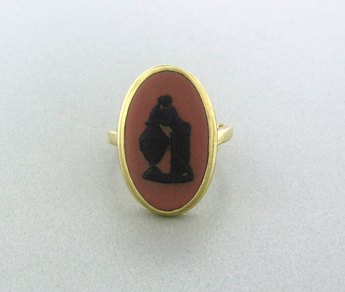024: Antique Wedgewood 14k Gold Ring