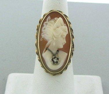 020: Estate 14k Gold Cameo Diamond Ring