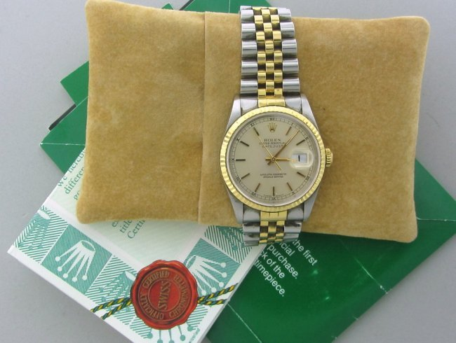 251: Rolex Datejust Oyster Perpetual  Watch ref # 16233
