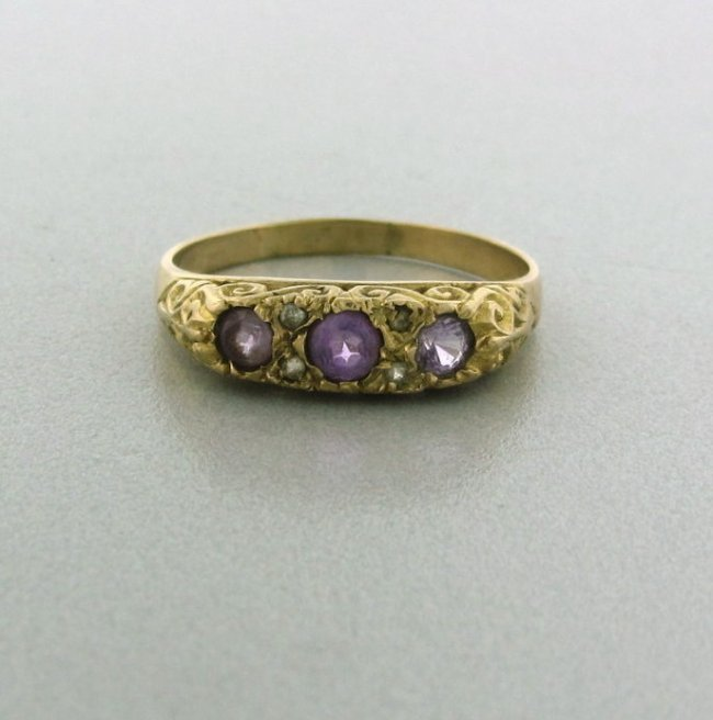 15: Antique English 9k Gold Amethyst Ring