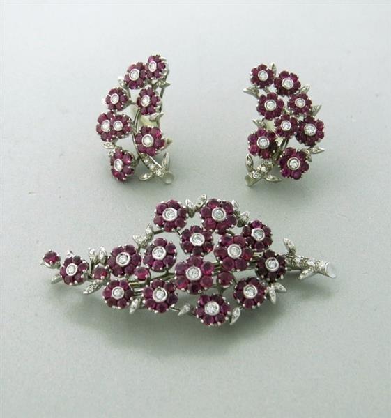 Estate 18k Gold  Diamond Ruby Flower Brooch Earrings
