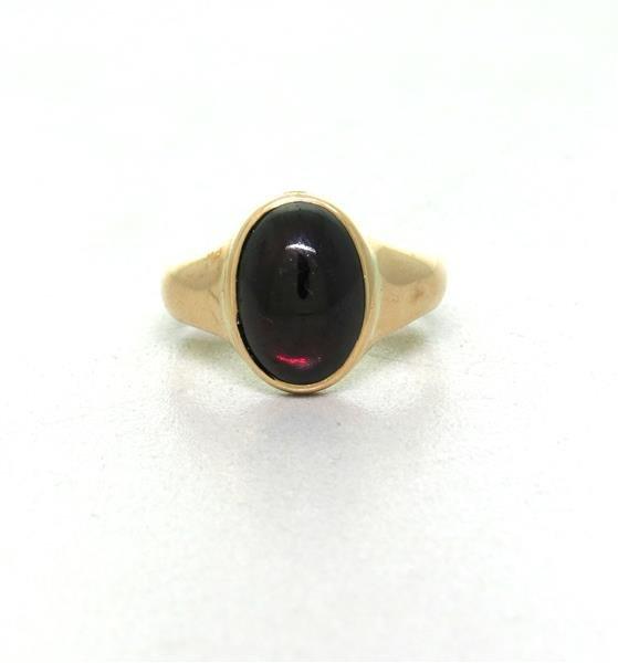 14k Gold Garnet Cabochon Ring