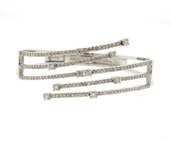 14K Gold 2.62ctw Diamond Bypass Hinged Cuff Bracelet