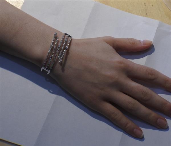 14K Gold 2.62ctw Diamond Bypass Hinged Cuff Bracelet - 5