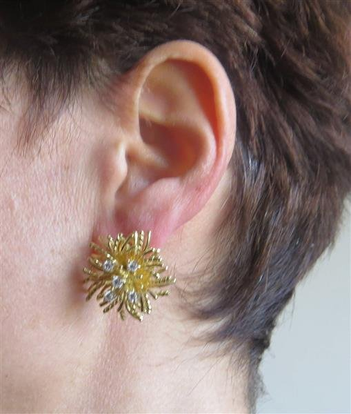 18k Gold Diamond Anemone Earrings - 3