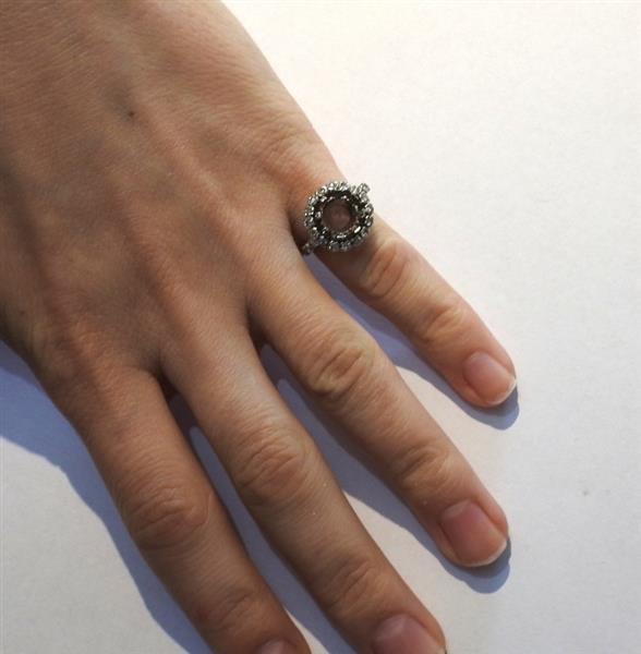 Mid Century Platinum Diamond Engagement Ring Mounting - 4