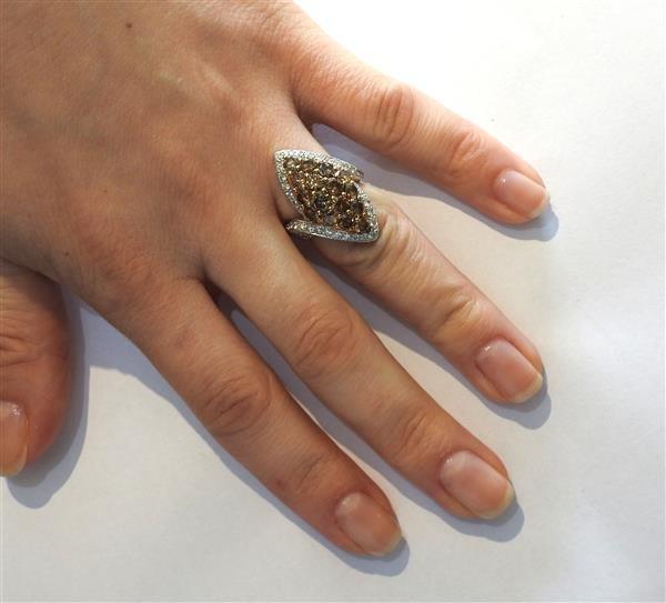 18k Gold Fancy White Diamond Ring Earrings Lot - 8