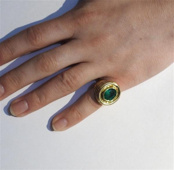 AGL Emerald 18k Gold Dome Ring - 4