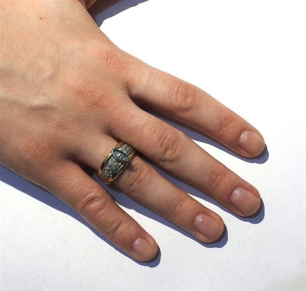 18K Gold Diamond Engagement Ring - 4
