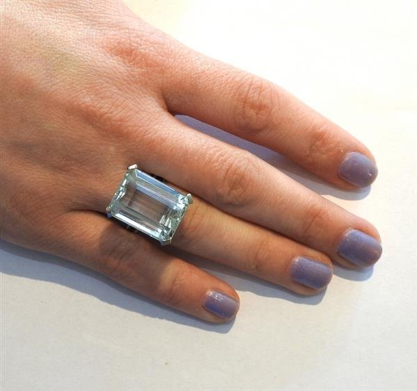 18k Gold 23ct Aquamarine Ring - 4