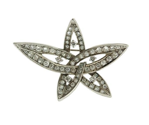 Platinum 2.00ctw Diamond Star Motif Brooch Pendant