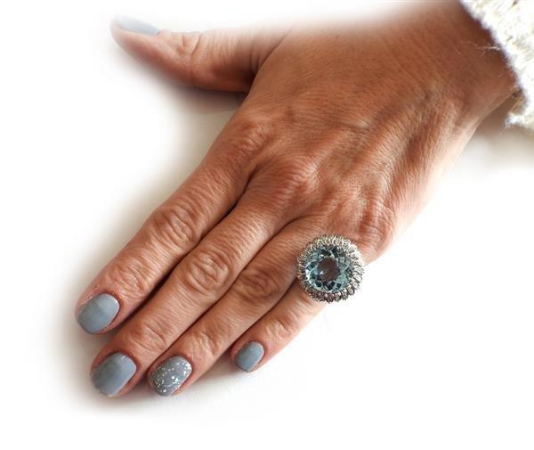 18K Gold 15ct Aquamarine Diamond Cocktail Ring - 5