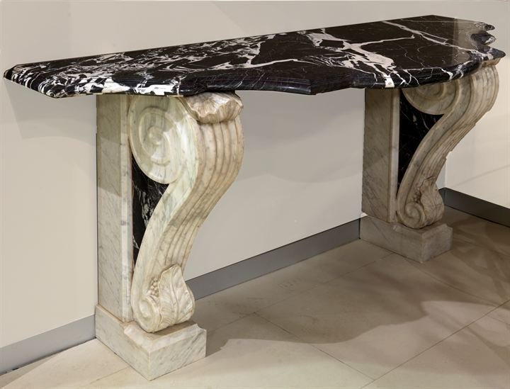 17: MARBLE CONSOLLE