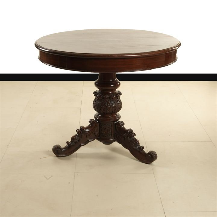 11: TABLE