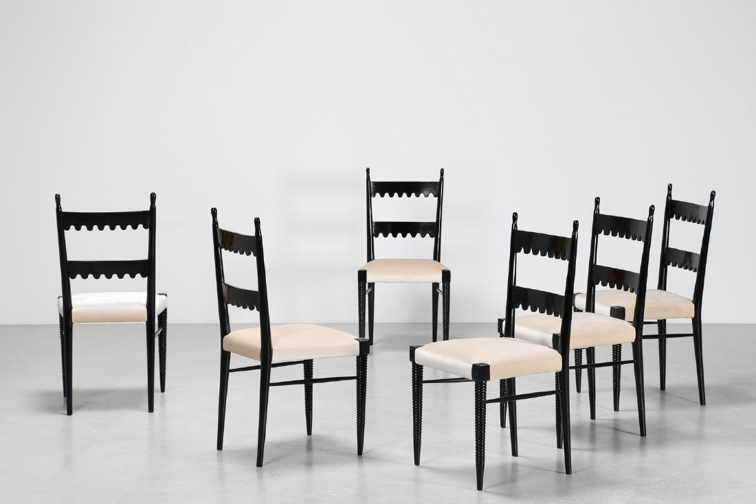 PIER LUIGI COLLI Sei sedie in legno laccato nero e