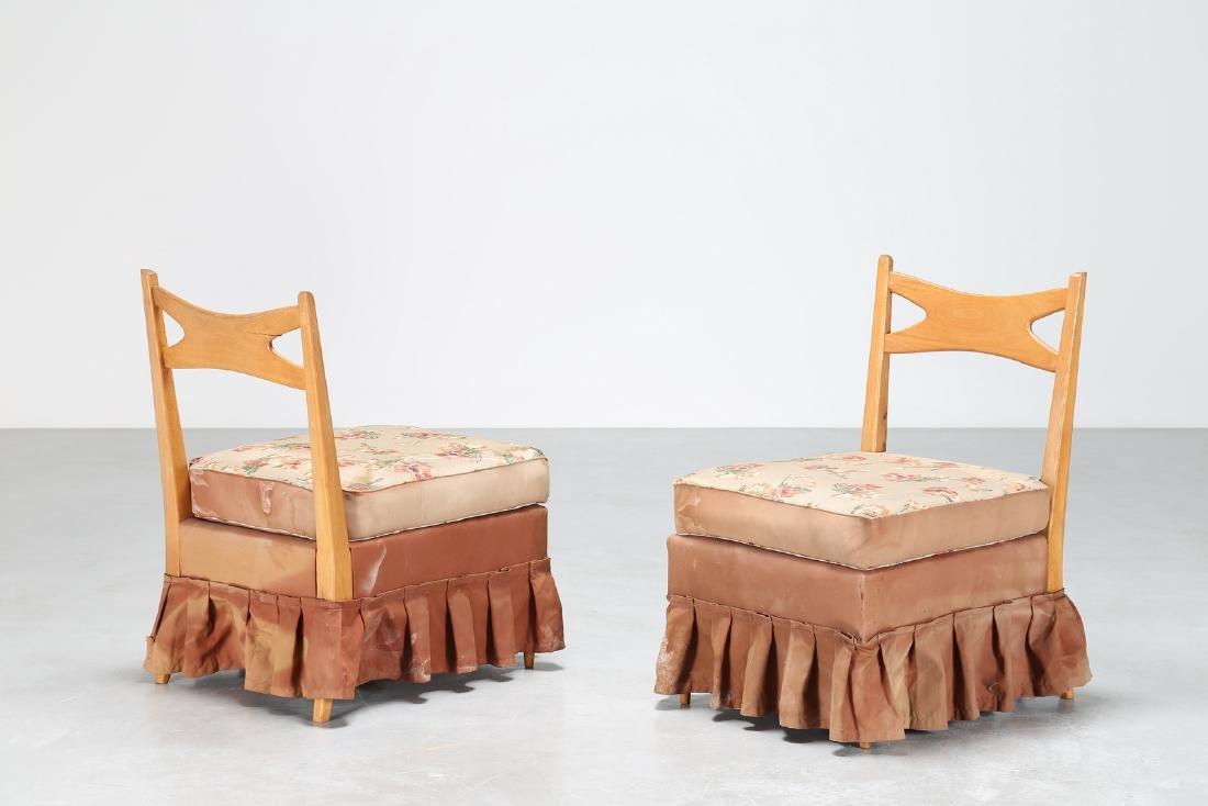 PAOLO BUFFA Coppia di poltroncine in legno e tessuto