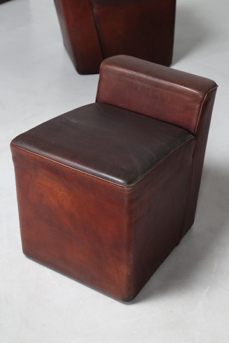 MANIFATTURA ITALIANA  Dieci pouf con struttura in legno - 3