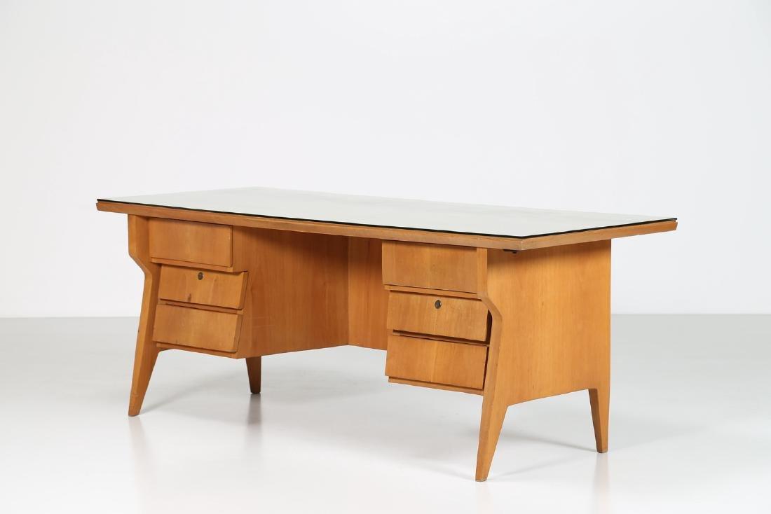 CASA E GIARDINO Walnut writing desk with brass and sky