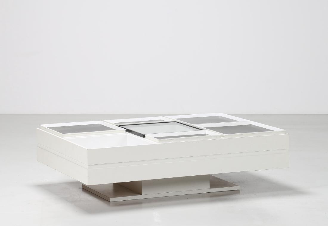 SORMANI  Tavolino da salotto in legno laccato, anni 70.