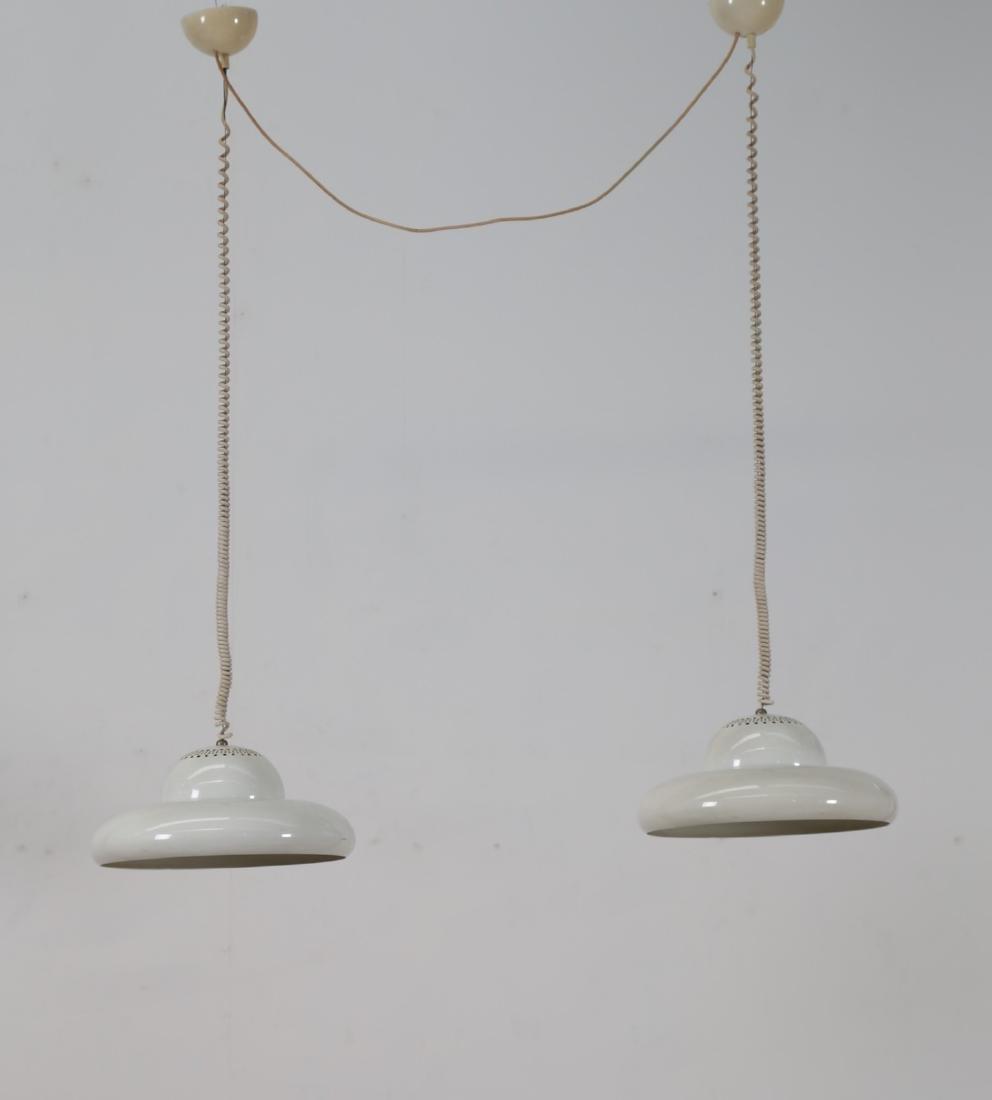 AFRA & TOBIA SCARPA Coppia di lampade a sospensione in