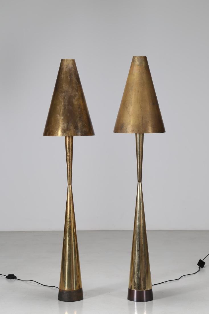 MANIFATTURA ITALIANA  Coppia di lampade da terra in