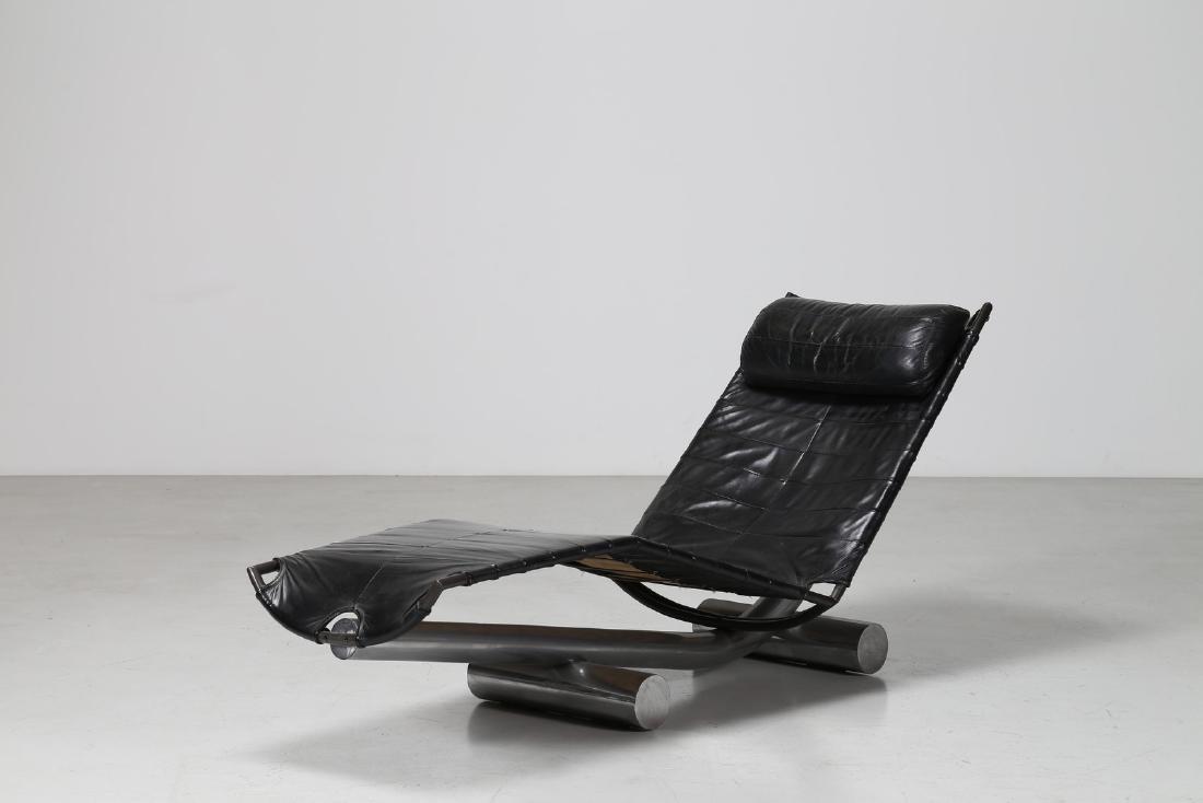 PAUL TUTTLE Chaise lounge in metallo cromato e pelle