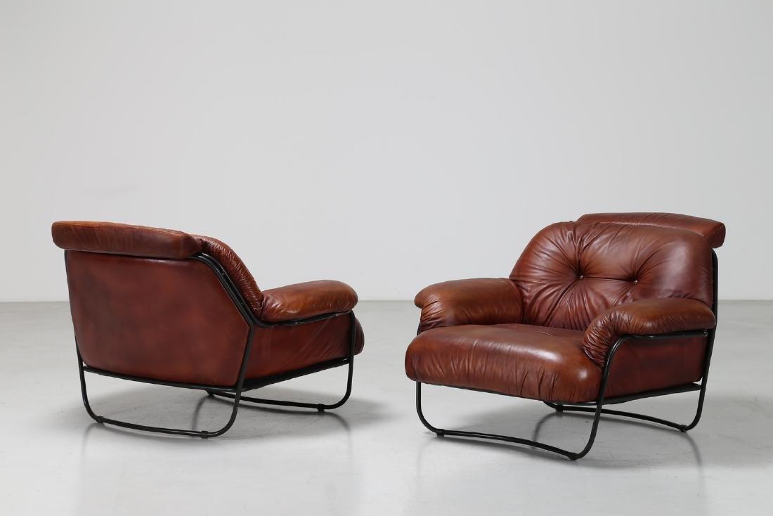 CARLO DE CARLI Salotto composto da un divano e due