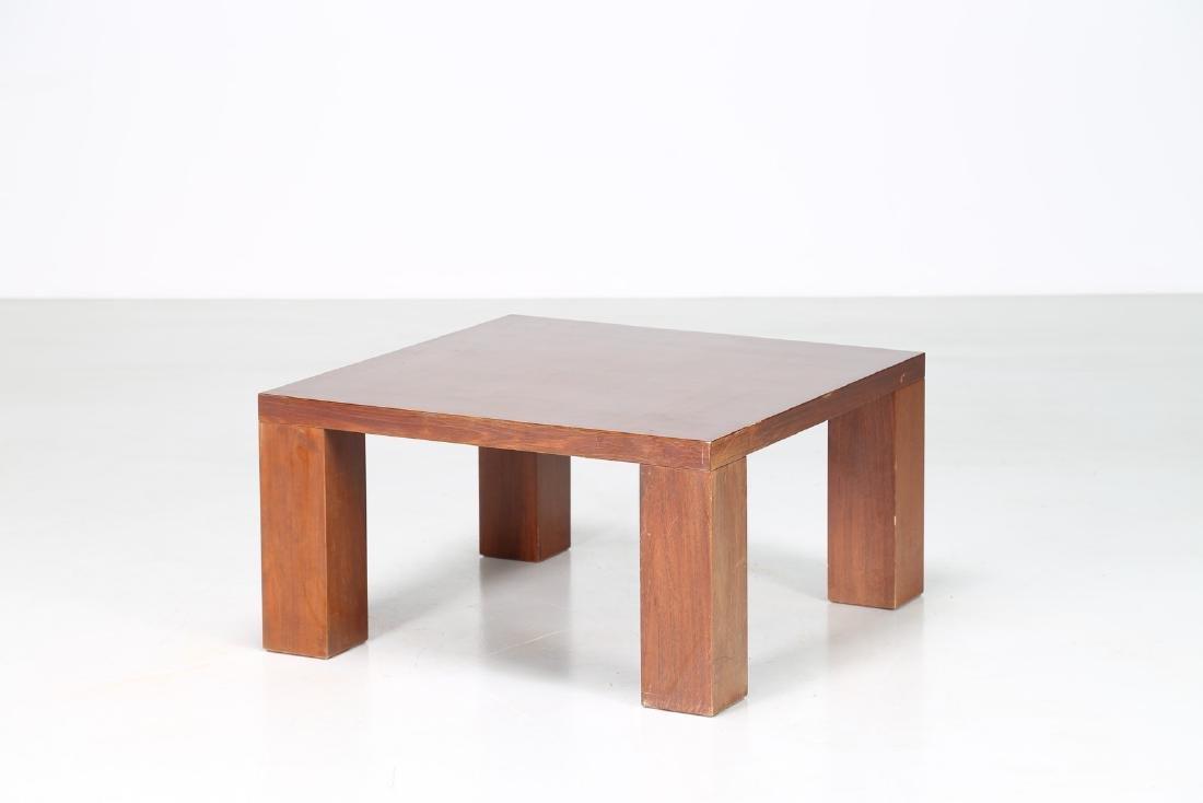 MANIFATTURA ITALIANA  Tavolino da caffè in