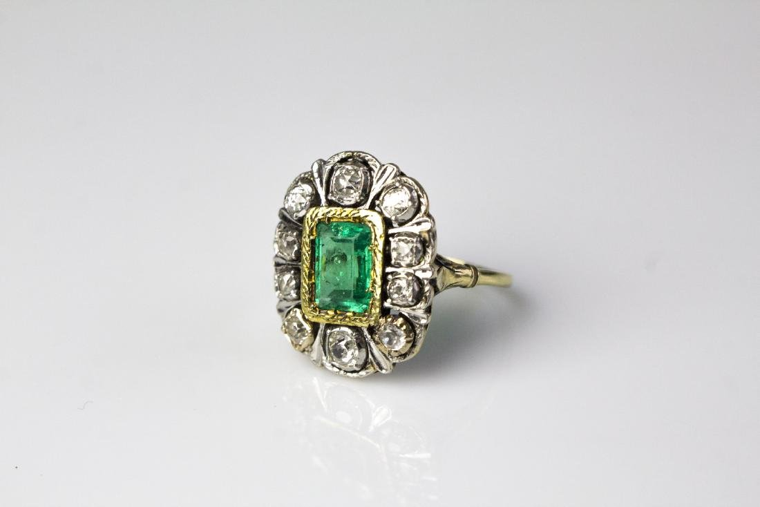[Nessun Autore] Diamonds and emerald ring .