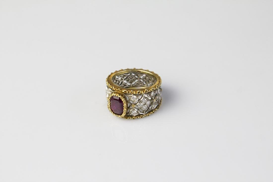 BUCCELLATI  Buccellati gold ring with ruby and