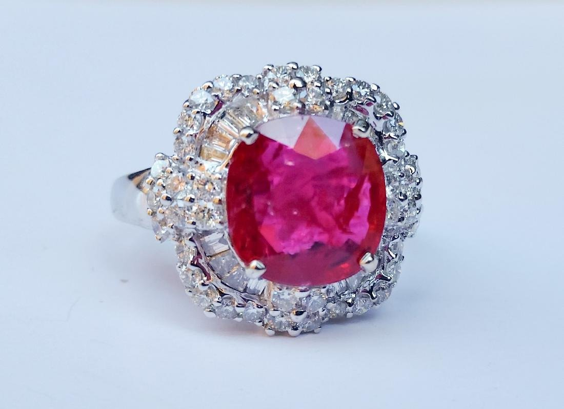 [Nessun Autore] Gold ring with ruby and diamonds .