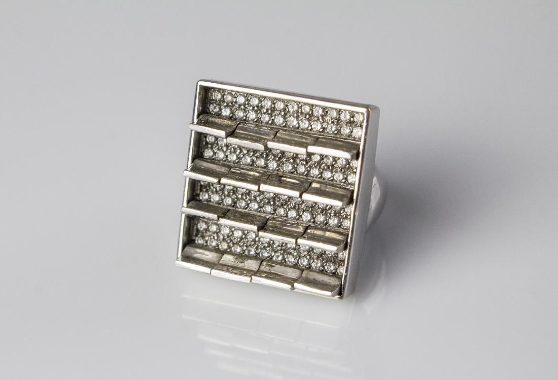 [Nessun Autore] Diamonds ring.
