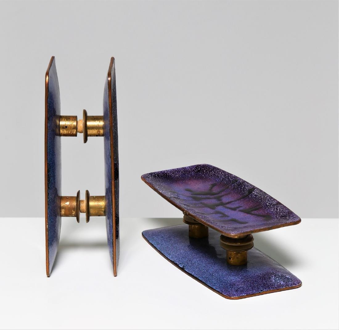 PAOLO DE POLI Pair of handles. - 2