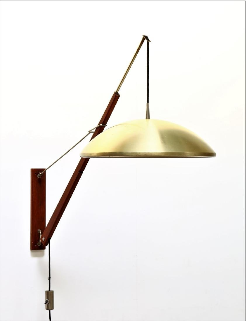 STILNOVO  Wall-mounted and telescopic wall lamp.