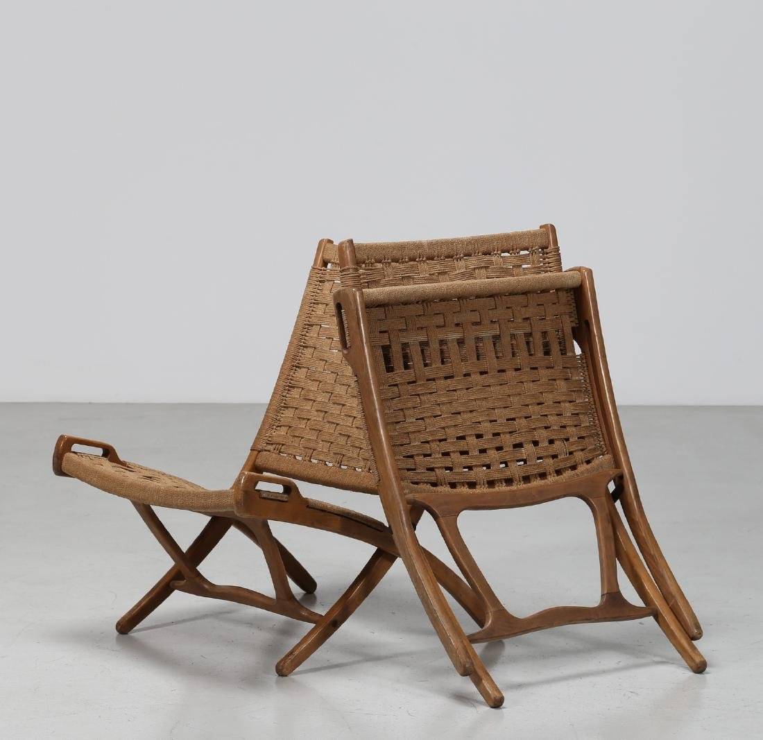 HANS J. WEGNER Pair of folding armchairs. - 3