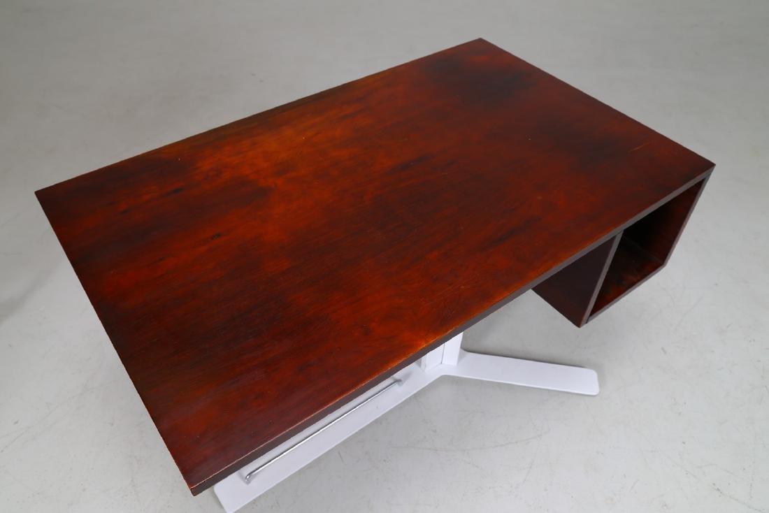 ANTONELLO MOSCA Desk. - 3