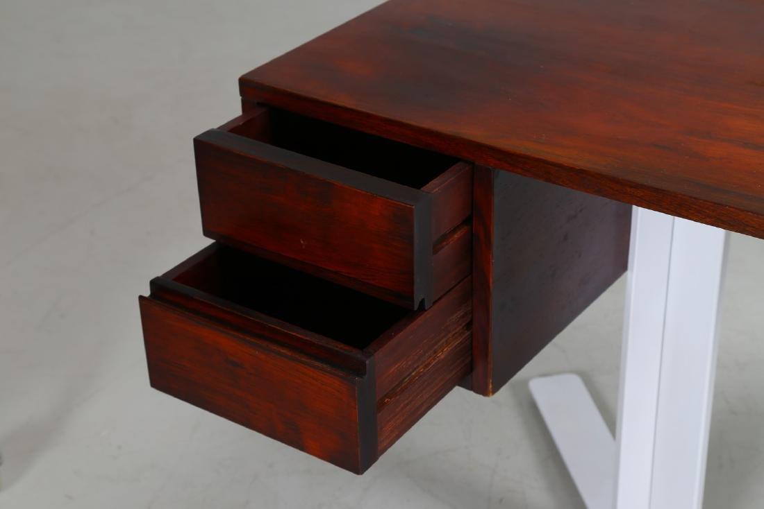 ANTONELLO MOSCA Desk. - 4
