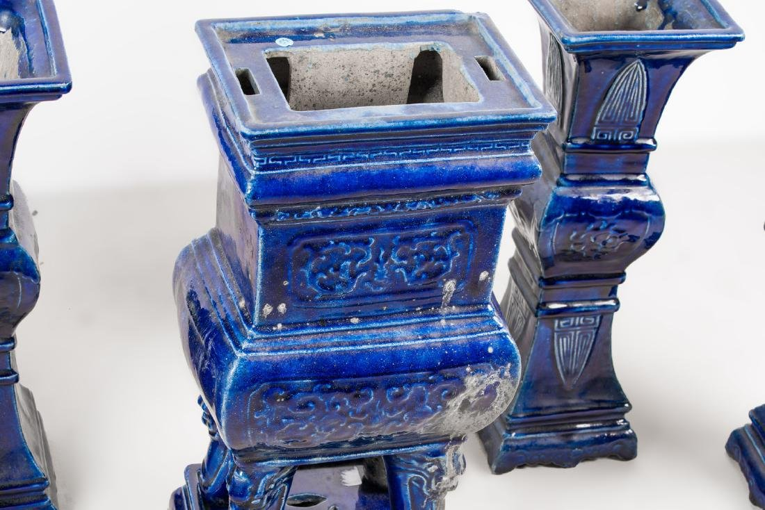 Arte Cinese  A blue glazed altar guarniture set - 5