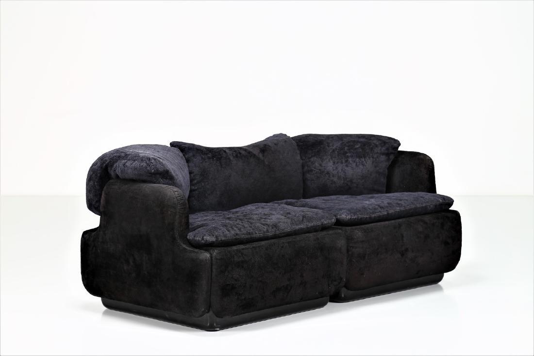 ALBERTO ROSSELLI Sofa in plastic and original fabric,