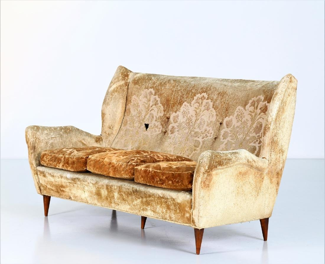 ISA BERGAMO  Sofa in wood and original fabric, 1950s.